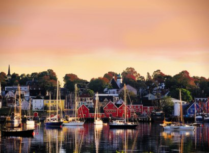 Lunenburg & Mahone Bay Tour, Nova Scotia